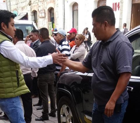 Llegan a Oaxaca familiares de jóvenes tlaxcaltecas desaparecidos