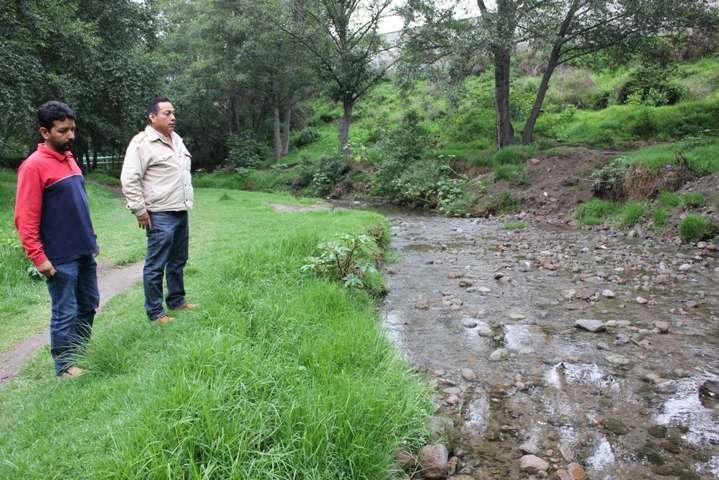 Desazolva Apetatitlán más de kilómetro y medio del río, previene inundaciones