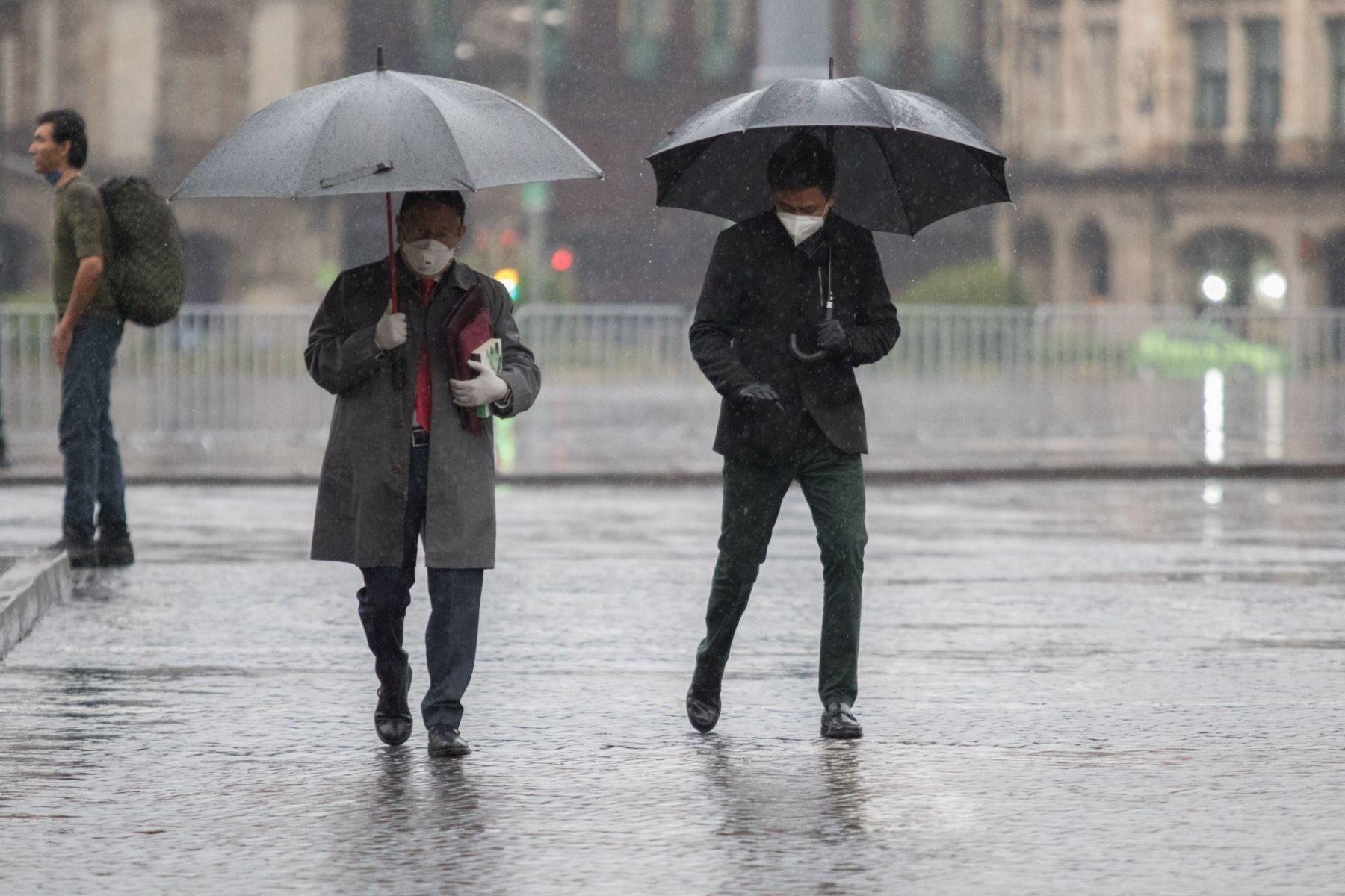 Lluvias muy fuertes, descargas eléctricas y posibles granizadas se prevén en Guerrero, Michoacán, Morelos, Oaxaca y Puebla