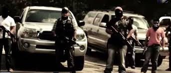 Comando armado atraca negocio en Atlangatepec