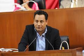 Inservible el Saga como presidente de la Comisión Permanente