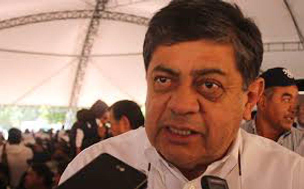 Por Pinocho, diputado exige renuncia de secretario de Salud