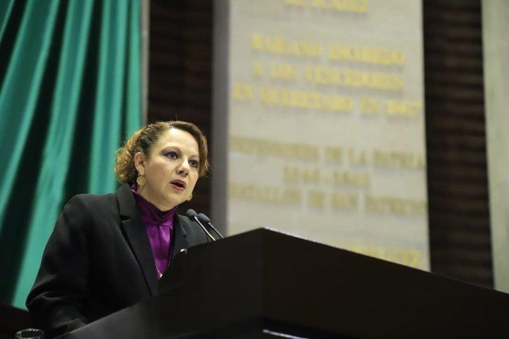 Propone Claudia Pérez suspender sustancias alcohólicas a menores sujetos a ejecución de medida