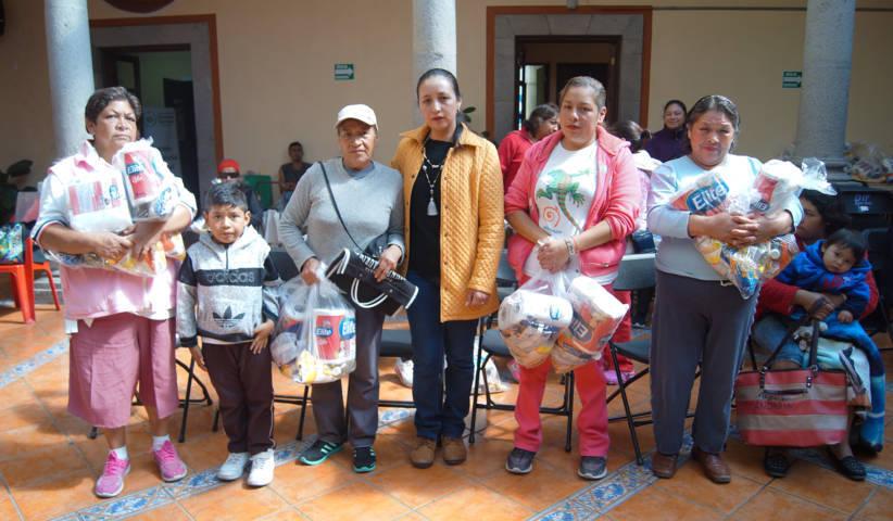 Estas despensas mejoran la alimentación de los grupos vulnerables; RMFA