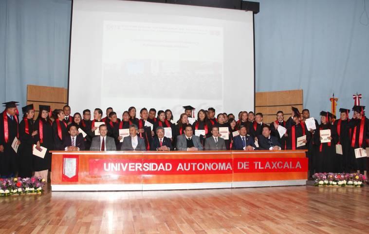 Graduó UAT a la generación 2013-2017 de la Lic. en Ciencias Políticas y Administración Pública