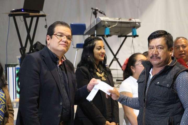 Alcalde de Huamantla incentiva a trabajadores del Ayuntamiento