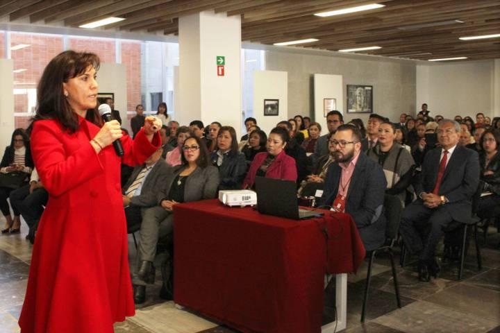 Participa Sandra Chávez en Foro Por el Derecho de las Familias a Vivir sin Violencia