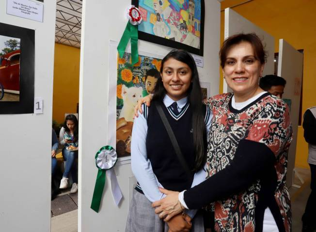 Premia Sandra Chávez a ganadores del Segundo Concurso Infantil de Dibujo