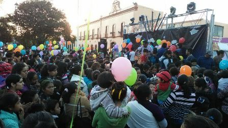 Dif de Santa Cruz Tlaxcala invita a partir megarosca de Reyes