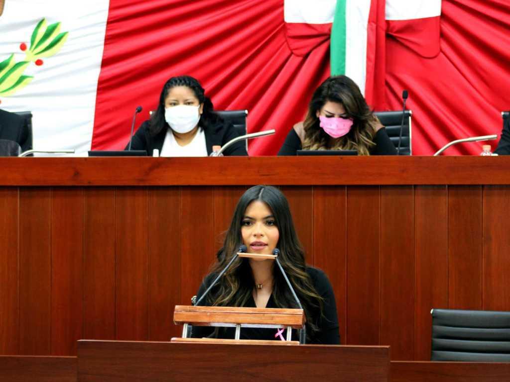 Lorena Ruiz exhorta a participar en campañas contra el Cáncer de Mama