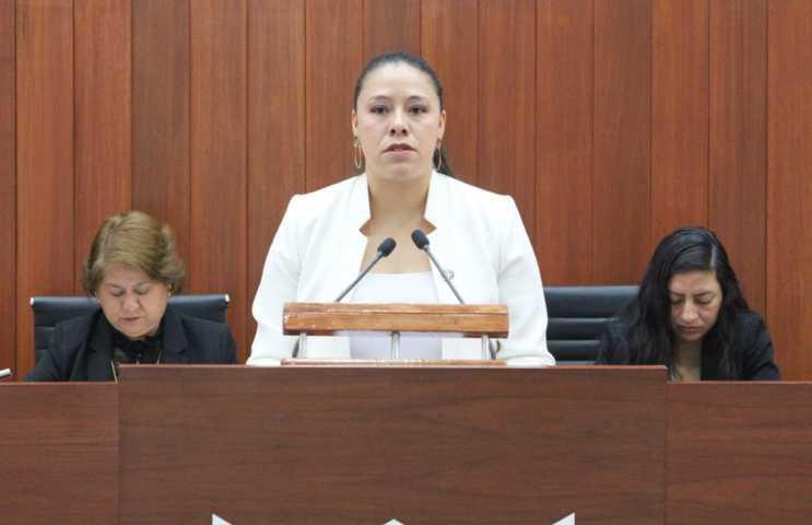 Presentan iniciativa para crear la ley del primer empleo  profesional