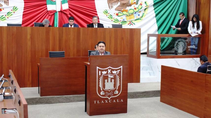 Dan lectura a nueva de ley del patronato Antonio Díaz Varela de Chiautempan