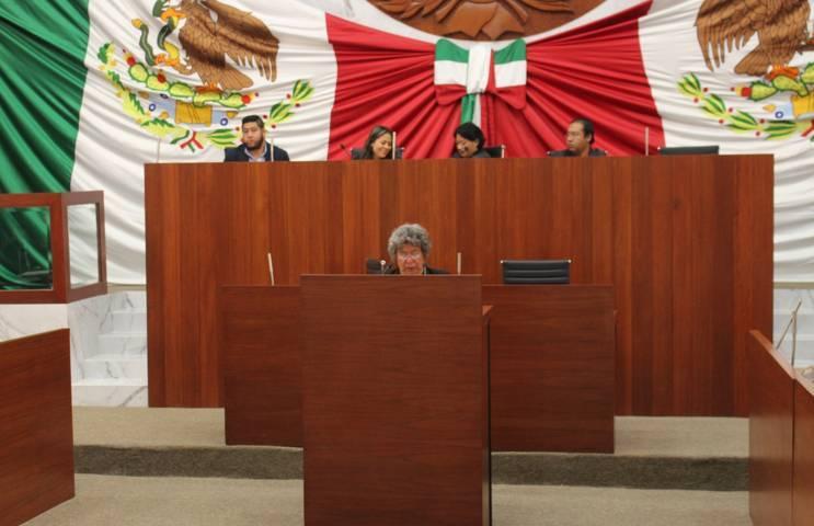 Autorizan a comuna de Santa Cruz Tlaxcala donar predio para escuela
