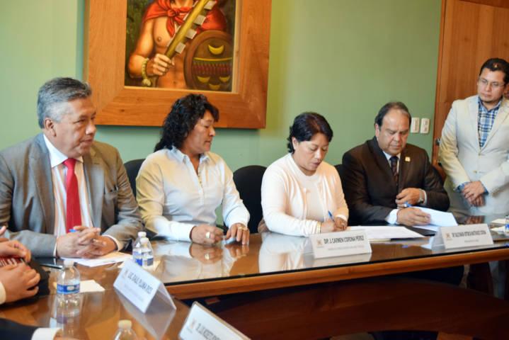 Suscribe congreso convenios con Universidad Metropolitana de Tlaxcala, COLTLAX Y CEDH