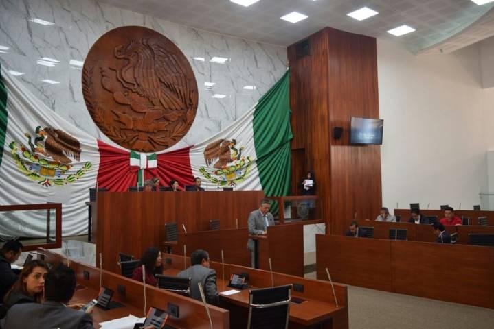 Mandatan publicar reseña de la bandera de México
