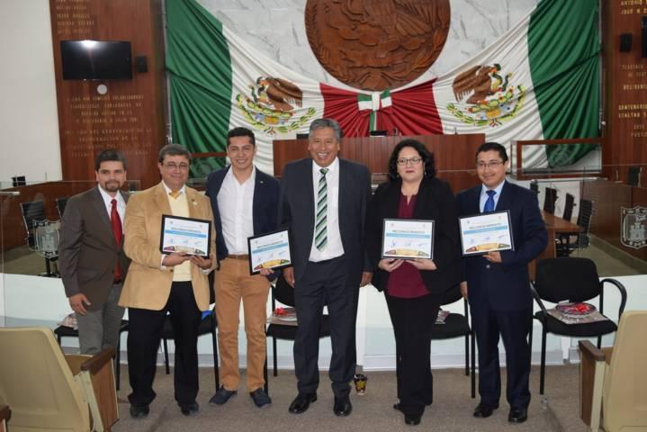 Realizan en Congreso mesa de análisis de la constitución política de Tlaxcala