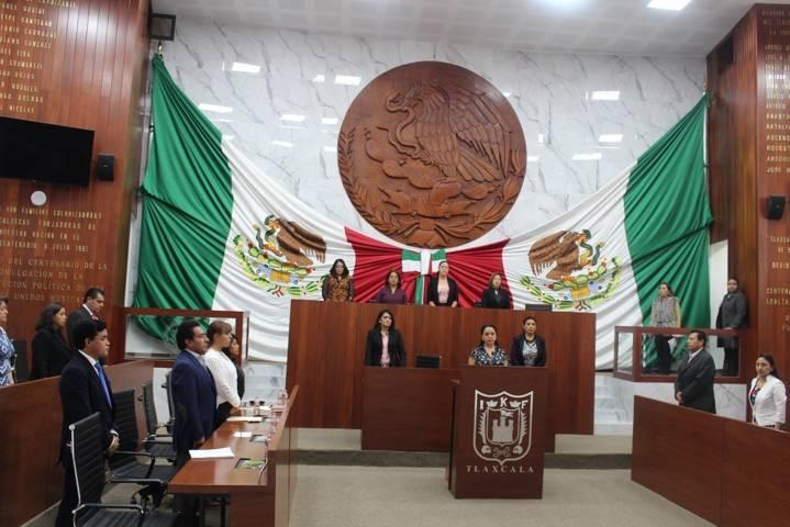 Rinden homenaje póstumo a periodista Juan Ramón Nava