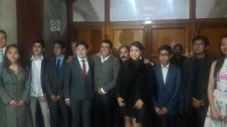 Inaugura Enrique Padilla exposición en el Congreso del Estado