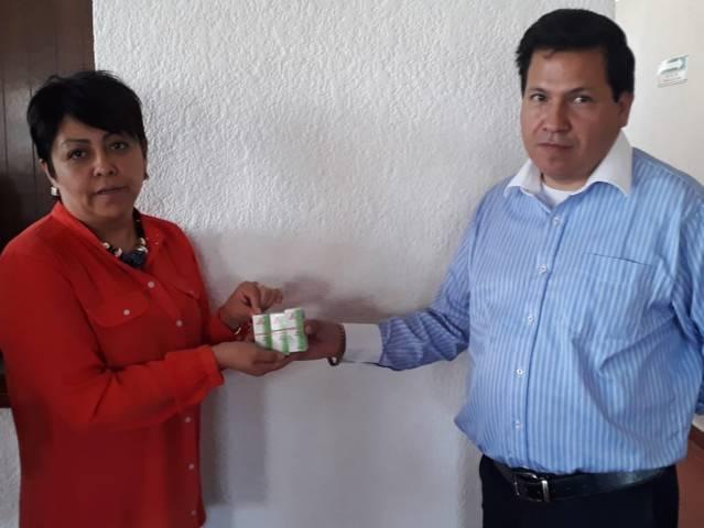 Recibe DIF municipal donación de medicamentos  de laboratorio de Puebla