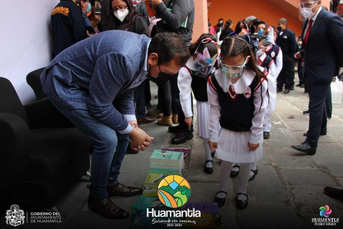 """Huamantla, sede de la presentación y entrega de libros de la colección """"21 para el 21"""""""