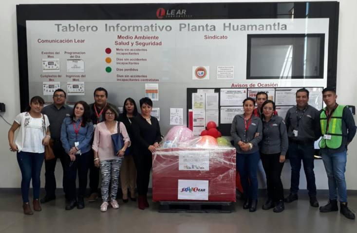 """Realiza donación de juguetes la empresa """"Lear Corporation"""" de Huamantla"""
