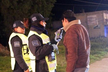 Continúan operativos de alcoholímetro en Ixtacuixtla