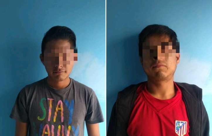 Policía de Santa Cruz Tlaxcala pone a disposición dos personas por la portación de droga