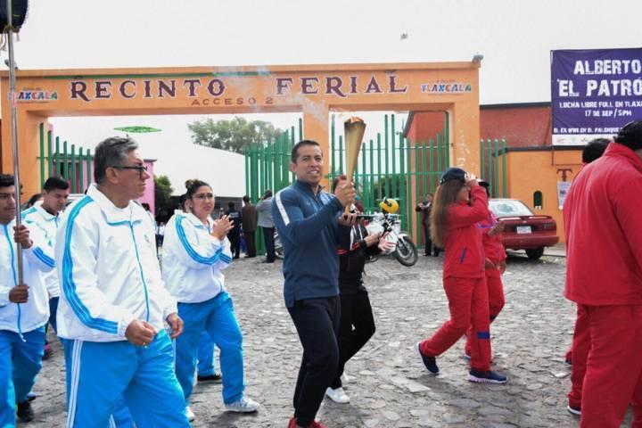 Ayuntamiento de Tepeyanco traslada el fuego simbólico de las fiestas patrias