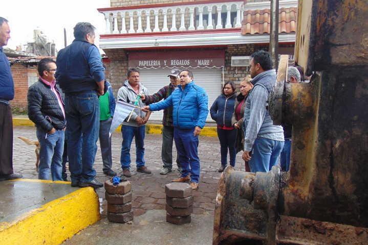 Con drenaje y pavimento trasformamos la priv. 5 de mayo: Carin Molina