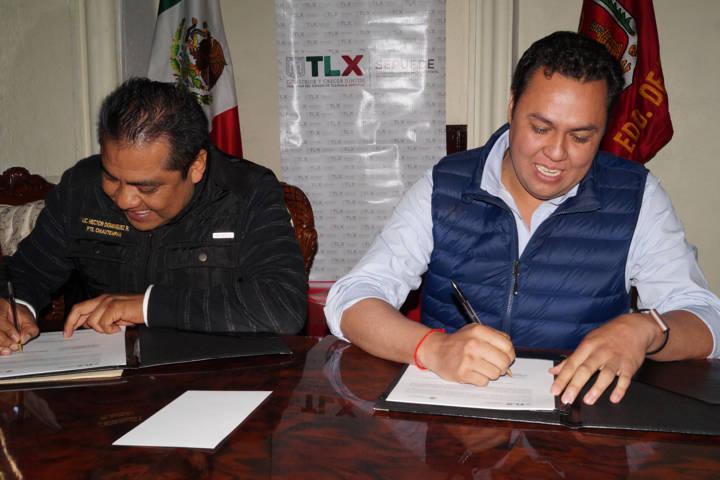 Firman convenio de colaboración Sepuede y Chiautempan