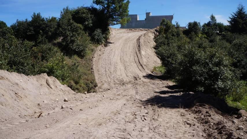 Aperturan camino en zona de Cobat, comunidad de San Nicolás, municipio de SPM