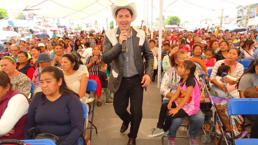 Badillo Jaramillo festejo a más de mil mamás del municipio en su día