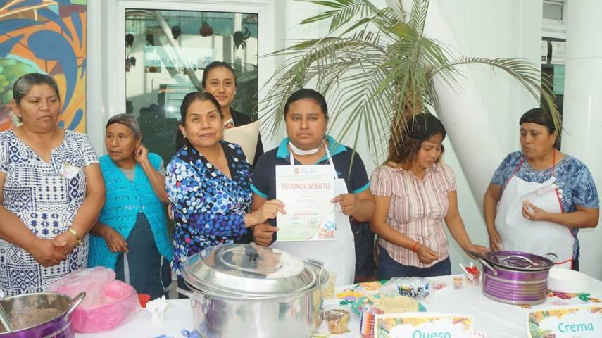 Llevan a cabo muestra gastronomica en San Pablo Del Monte