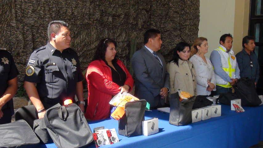 Reciben policías de Calpulalpan kits de primer respondiente para nuevo sistema penal acusatorio