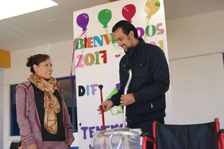 Ofrece DIF Tlaxco servicios especiales a población vulnerable: Yalil Zamora