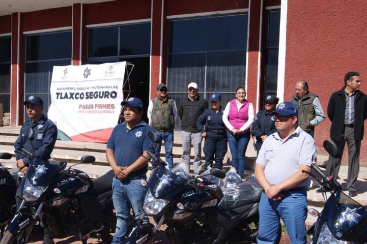 Entrega Alcaldesa patrullas, motopatrullas y uniformes a Seguridad Pública Municipal