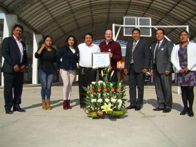 Entregó Juan Corral techumbre en escuela bilingüe de Tlaltelulco