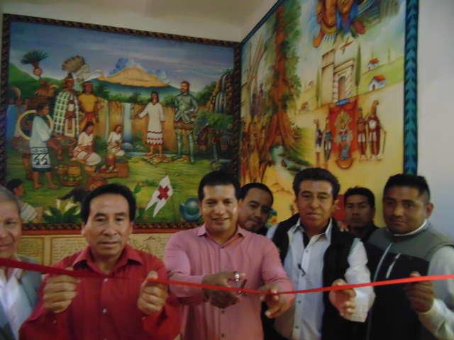 Inaugura Luna murales en Palacio Municipal de Amaxac