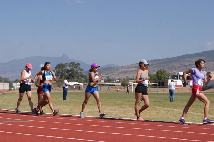 Convocan a Carrera de Atletismo a Campo Traviesa en Tlaxco