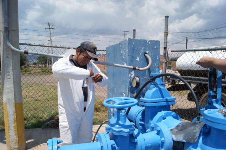 Intensifica CAPAT cloración de pozos de agua por temporada de calor