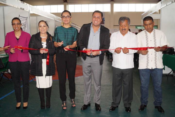 Ofertó SEPUEDE 439 plazas laborales en Ixtacuixtla