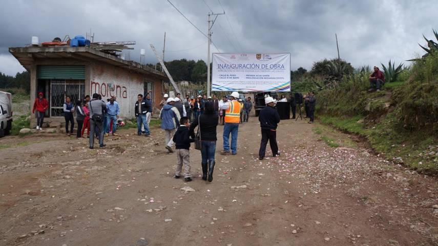 Inauguran red electrica en San Isidro buen suceso San Pablo del Monte