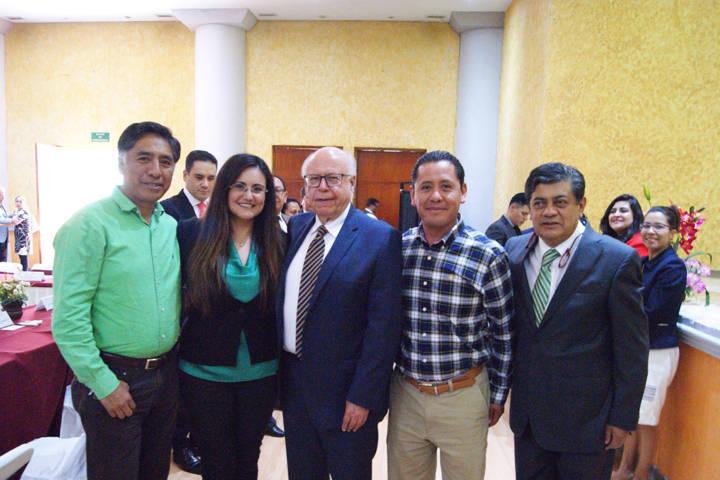 Presenta Gardenia Hernández informe de municpios por la salud a secretario federal