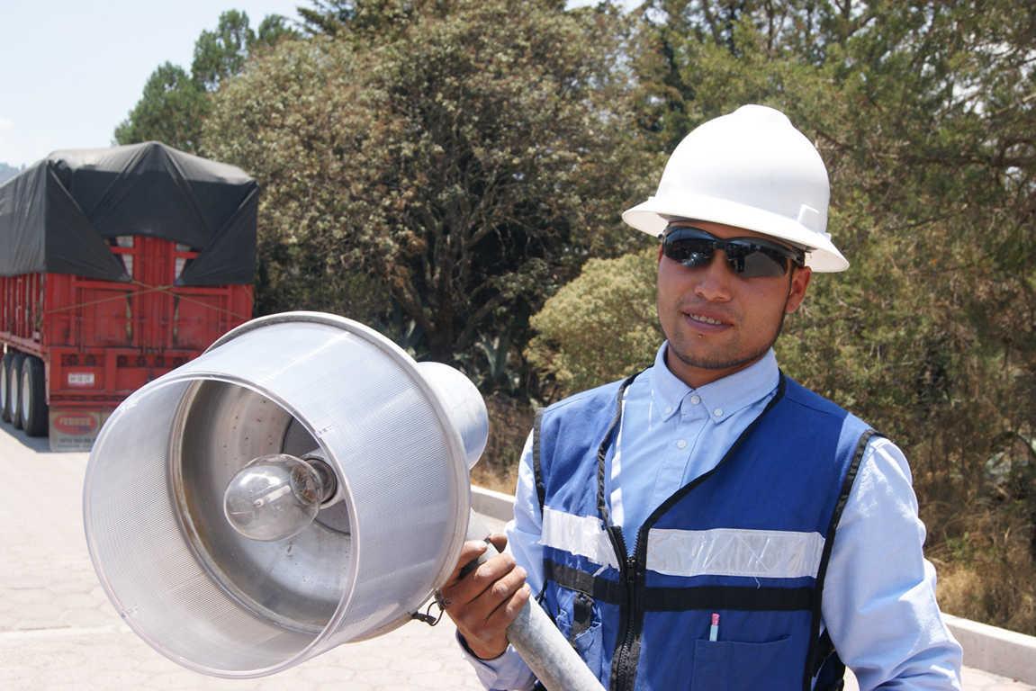 Construyó Tlaxco más de 12 km de red eléctrica en tres años