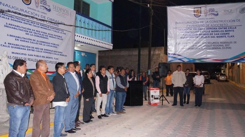 Alcalde municipal entrega de obra pública en San Cosme, San Pablo del Monte