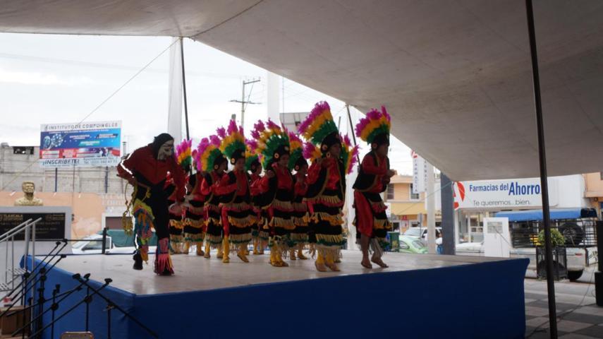 Ballet folclórico de ciudad Nava Coauhila se presenta en San Pablo del Monte