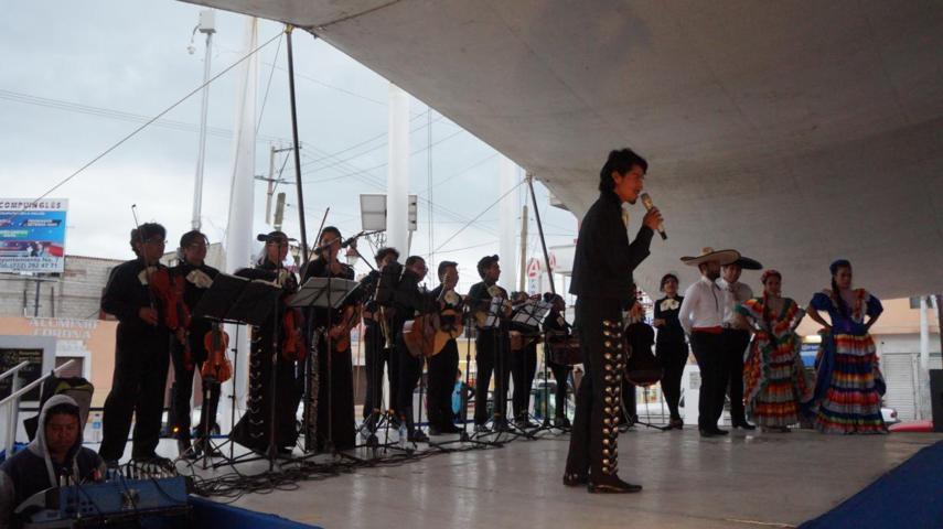 Mariachi sentir mexicano de la BUAP se presenta en San Pablo del Monte