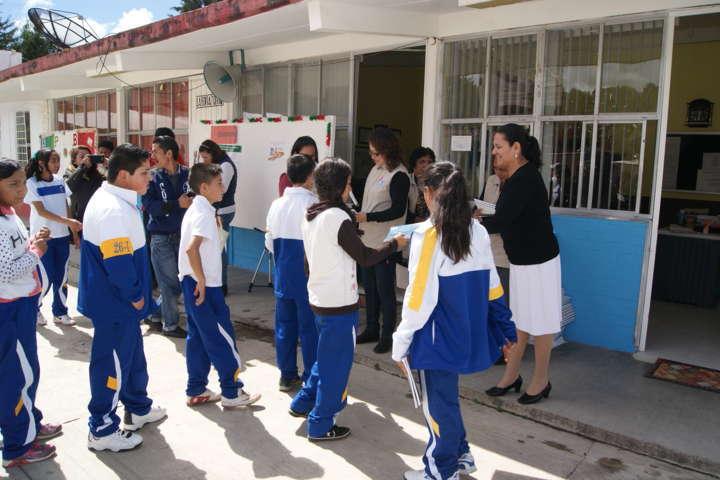 Concientizan a padres de familia en prevención de violencia y delincuencia juvenil en Nanacamilpa