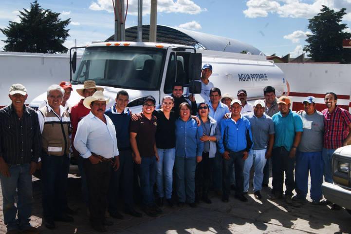Rehabilita Tlaxco pipa de agua potable y aumenta servicio