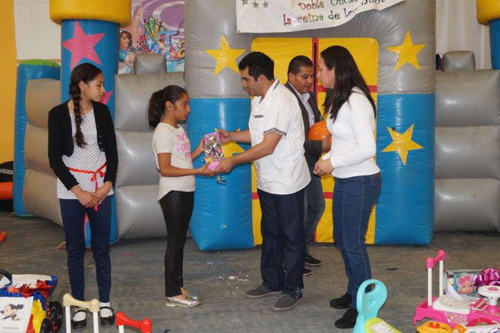 Alcalde realiza un magno festejo a los niños en su día
